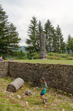 Visite du temple archéologique d'Izenore